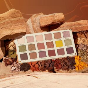 COLOUR POP Sandstone Shadow Palette